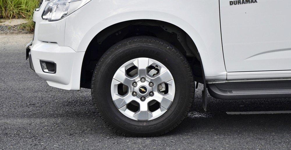 Đánh giá xe Chevrolet Colorado 2015 phần thân 4.