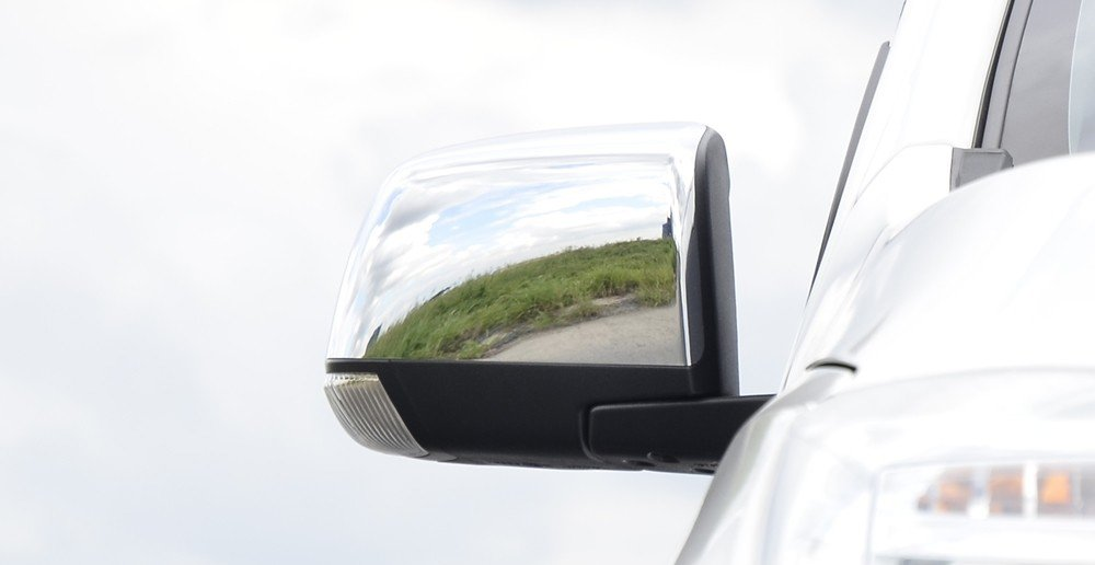 Đánh giá xe Chevrolet Colorado 2015 phần thân 2.