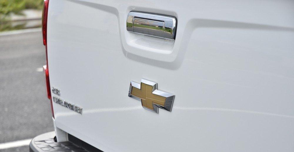 Đánh giá xe Chevrolet Colorado 2015 phần đuôi 2.