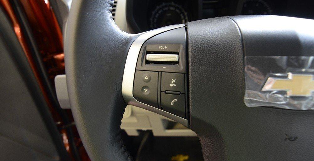 Đánh giá xe Chevrolet Colorado 2015 phần nội thất 6.