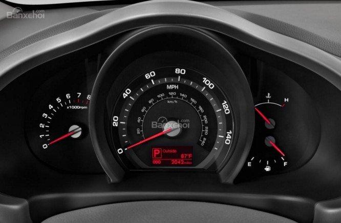 Bảng đồng hồ lái của Kia Sportage 2016.