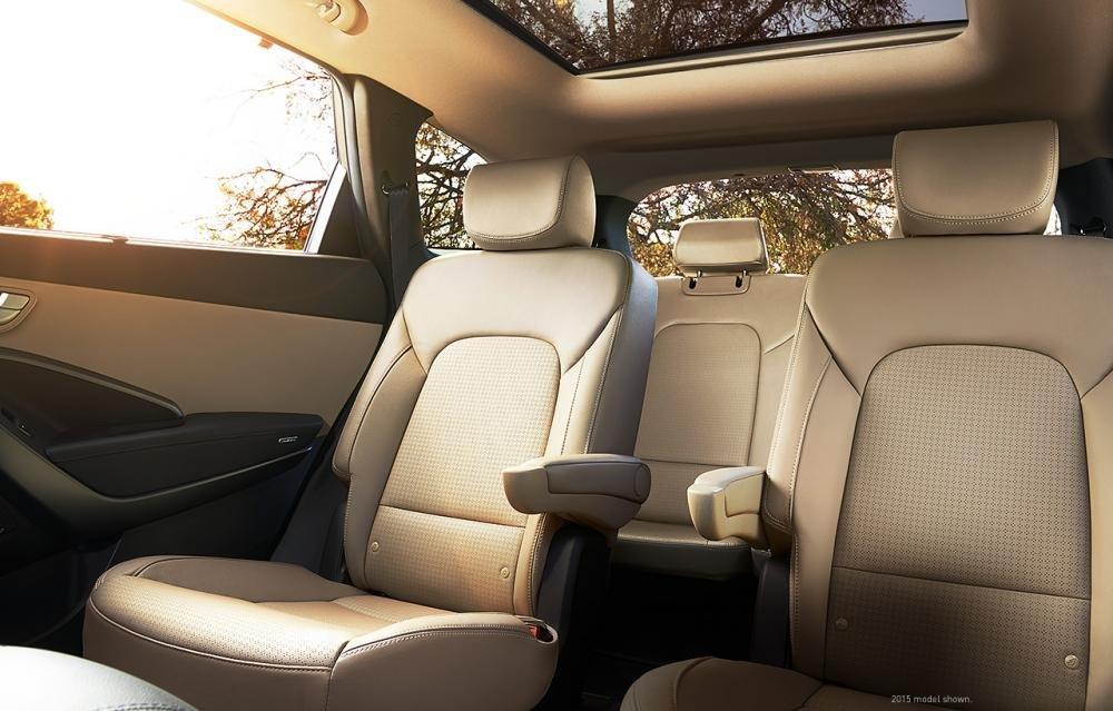 Đánh giá xe Hyundai SantaFe 2017 phần nội thất 5.