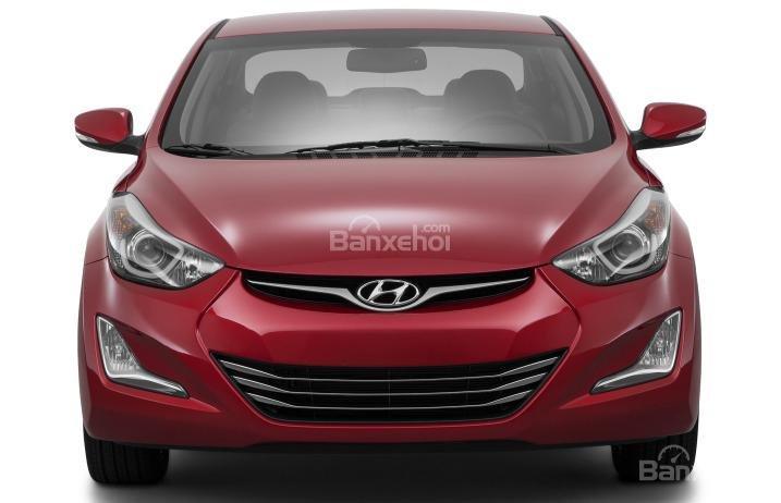Đánh giá xe Hyundai Elantra 2016 phần đầu 1.
