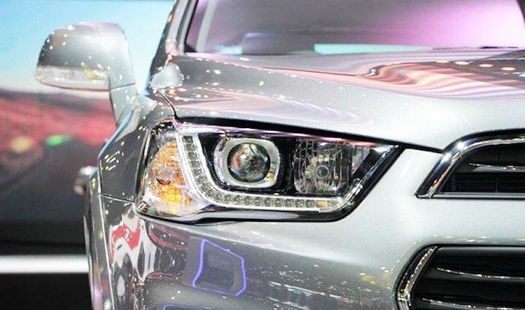 Đánh giá xe Chevrolet Captiva Revv 2016 có đèn LED chiếu ban ngày hiện đại.