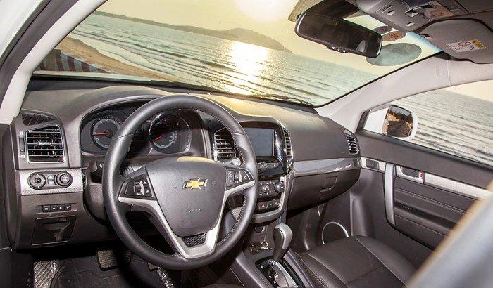 Đánh giá Chevrolet Captiva Revv 2016 có nhiều tiện ích được nâng cấp.
