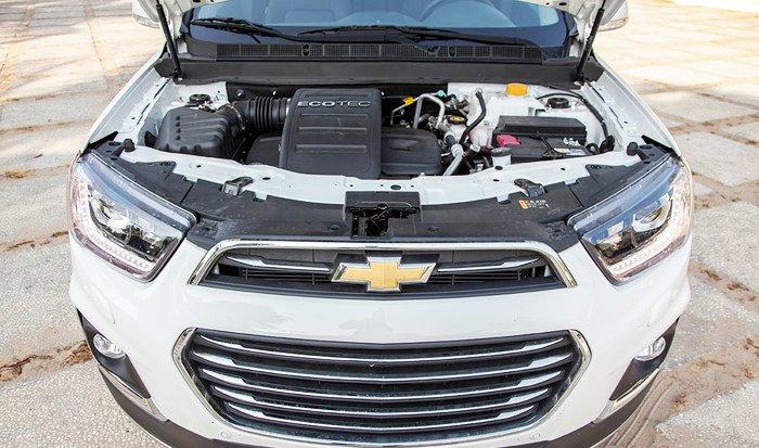 Chevrolet Captiva Revv 2016 có động cơ Ecotec 2.4L 4 xy lanh.