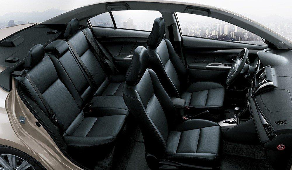 Các ghế ngồi của Toyota Vios 2015 được thiết kế mang lại sự thoải mái cho người dùng.