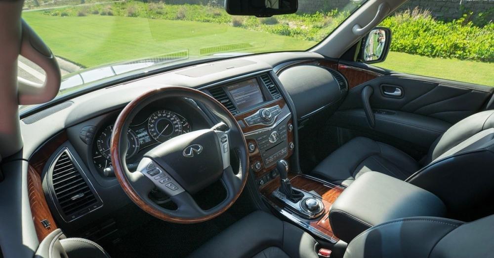 Đánh giá xe Infiniti QX80 2015 có nhiều tiện nghi đẳng cấp.