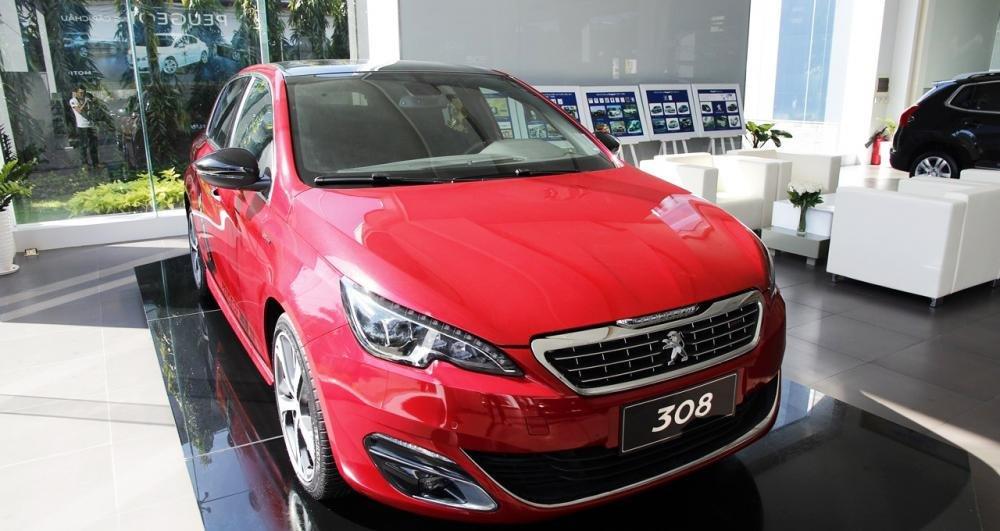 Đánh giá xe Peugeot 308 2015.
