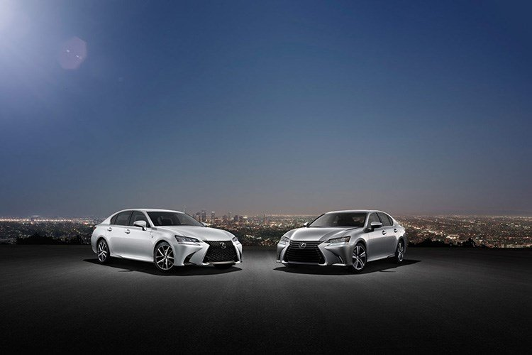 Lexus GS 350 2016 được đánh giá là tiện nghi, an toàn và khả năng vận hành ấn tượng.