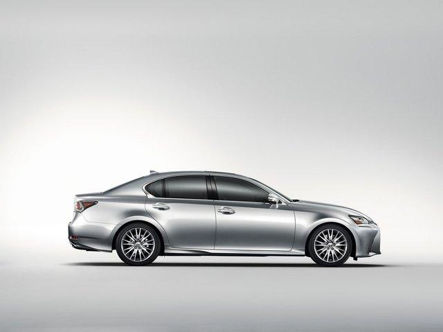 Đánh giá xe Lexus GS 350 2016: dáng vẻ cân đối.