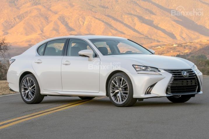 Đánh giá xe Lexus GS 350 2016: thiết kế thân xe thể thao, mạnh mẽ.