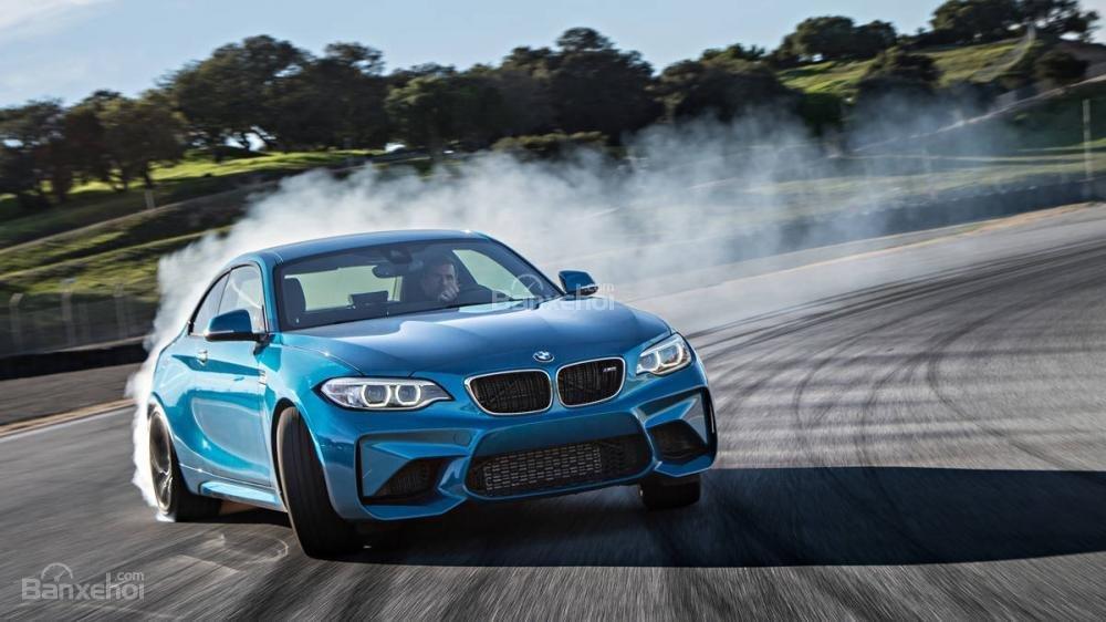 Đánh giá xe BMW M2 2016: Thiết kế táo bạo, hiệu suất ấn tượng''''''''''''''''