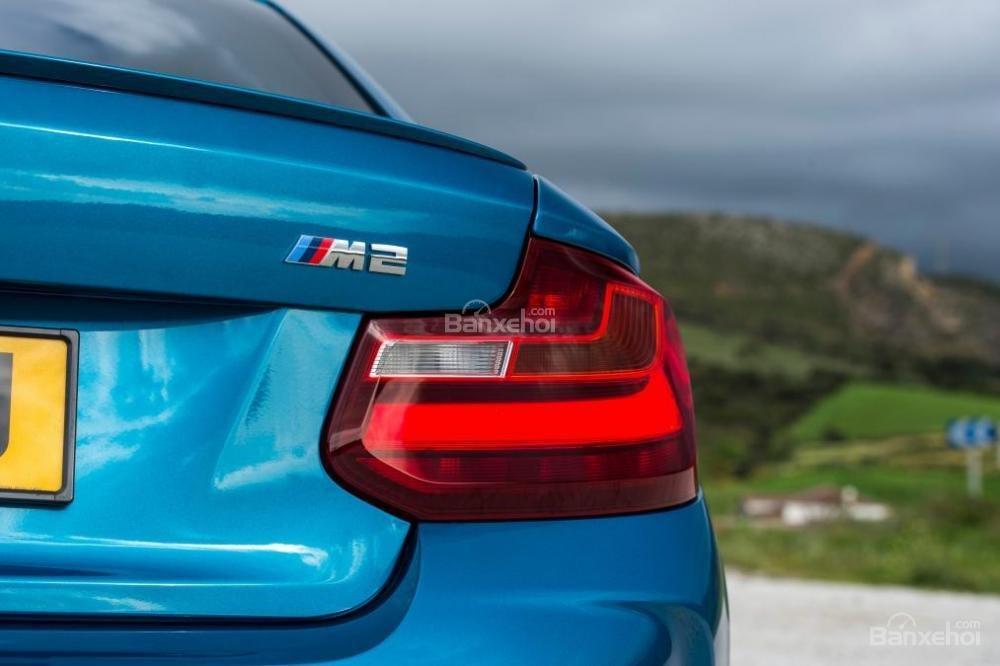 Đánh giá xe BMW M2 2016: Thiết kế đẹp mắt.