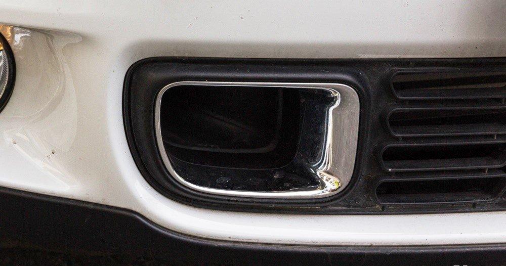 Đánh giá xe MINI Cooper S Countryman 2015 có đèn sương mù kiêm đèn ban ngày.