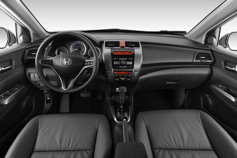 So sánh nội thất Kia Rio sedan và Honda City 2016 2