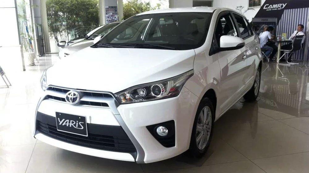 So sánh xe Toyota Yaris 1.3G và Mazda 2 hatchback tại Việt Nam