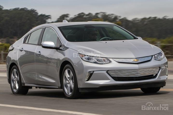 Đánh giá xe Chevrolet Volt 2017: Mẫu plug-in hybrid độc đáo/