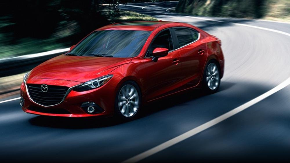So sánh Chevrolet Cruze 2015 và Mazda 3 sedan.