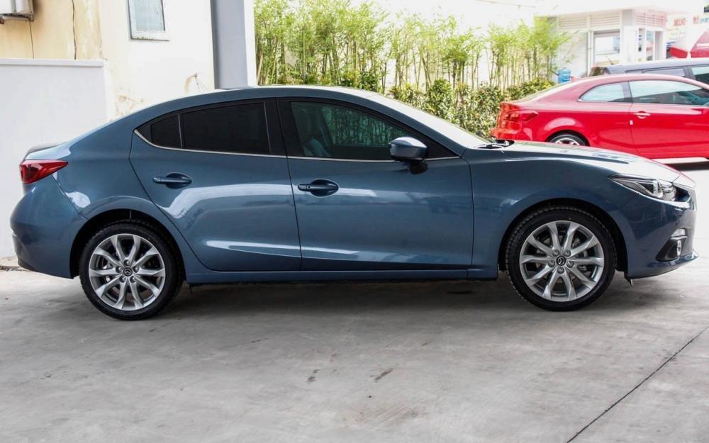 So sánh ngoại thất Chevrolet Cruze 2015 và Mazda 3 sedan 10