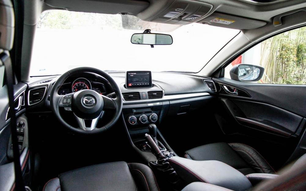 So sánh tiện nghi Chevrolet Cruze 2015 và Mazda 3 sedan 5