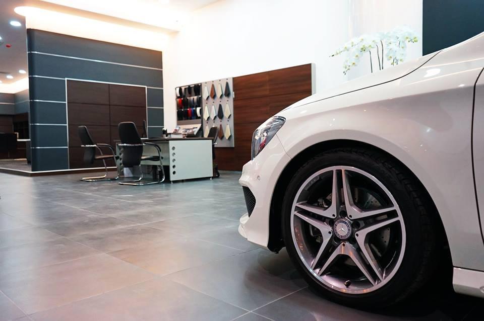 Mercedes-Benz Haxaco Điện Biên Phủ (2)