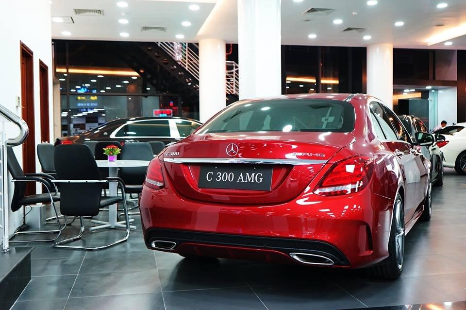 Mercedes-Benz Haxaco Điện Biên Phủ (7)