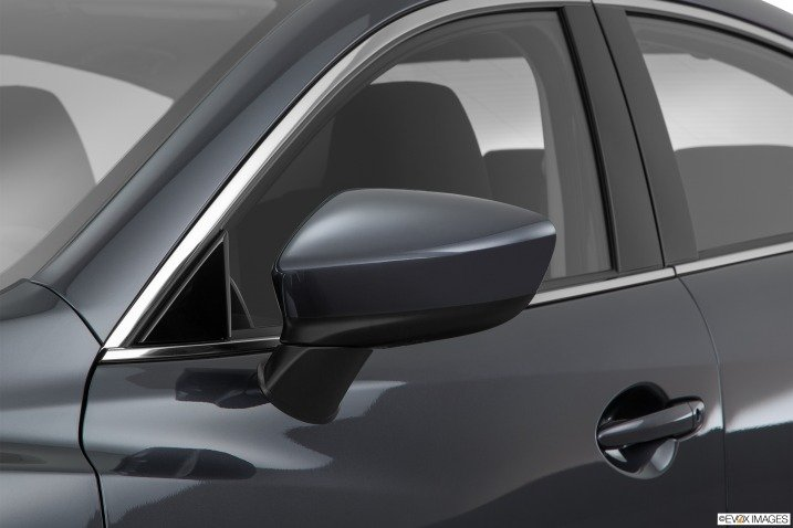 Đánh giá xe Mazda 6 2016 có gướng chiếu hậu chỉnh/gập điện.