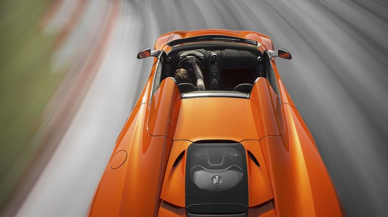 Đánh giá xe McLaren 650S Spider hiện rõ các chi tiết có thể lắp ghép như robot.