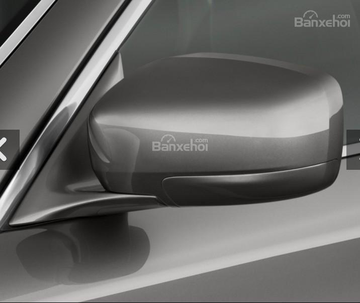 Đánh giá xe Infiniti Q70 2016: Gương chiếu hậu.