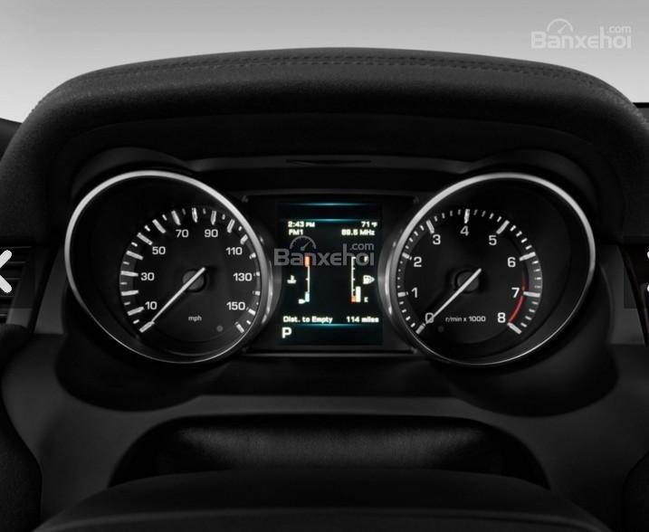 Đánh giá xe Land Rover Range Rover Evoque 2016: Cụm đồng hồ trên xe.