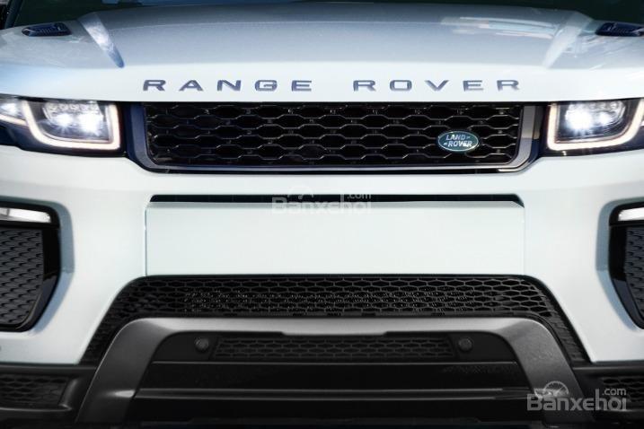 Đánh giá xe Land Rover Range Rover Evoque 2016: Thiết kế lưới tản nhiệt.