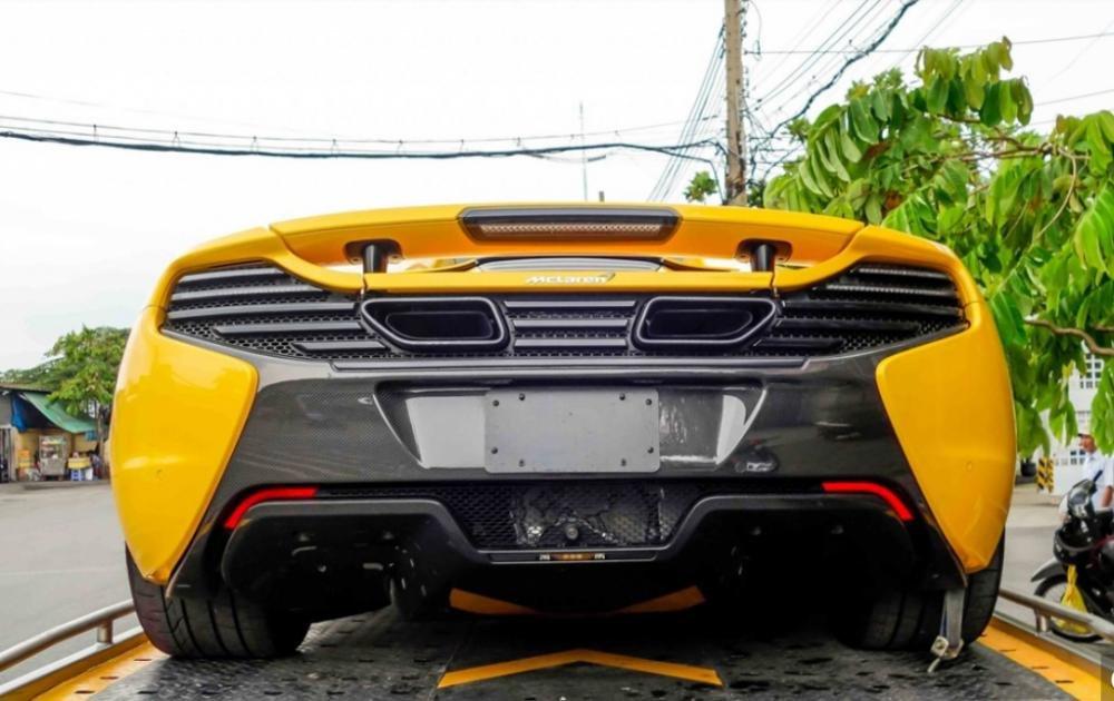 Đánh giá xe Mclaren 650s Spider có đuôi xe hầm hồ, đầy uy lực.