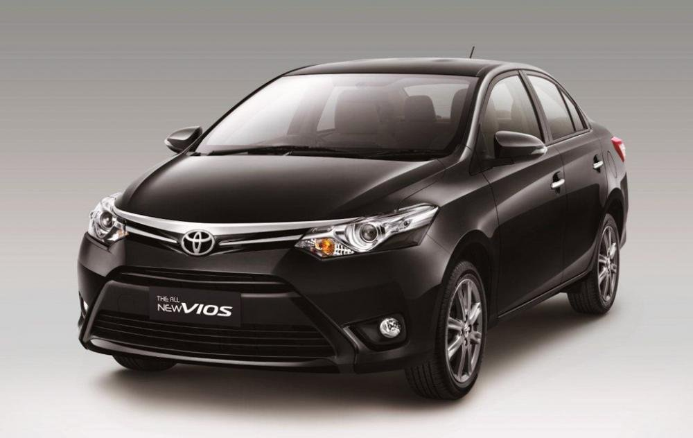 Đánh giá xe Toyota Vios 2016 có thiết kế đầu xe nhìn rất trẻ trung, phóng khoáng.