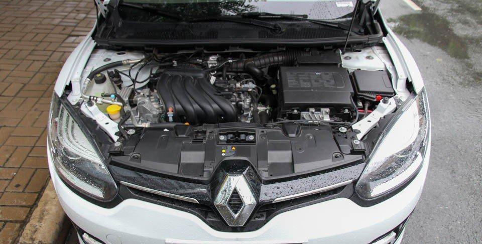 Đánh giá xe Renault Megane 2015 có động cơ 1.6L với công suất 120 mã lực.