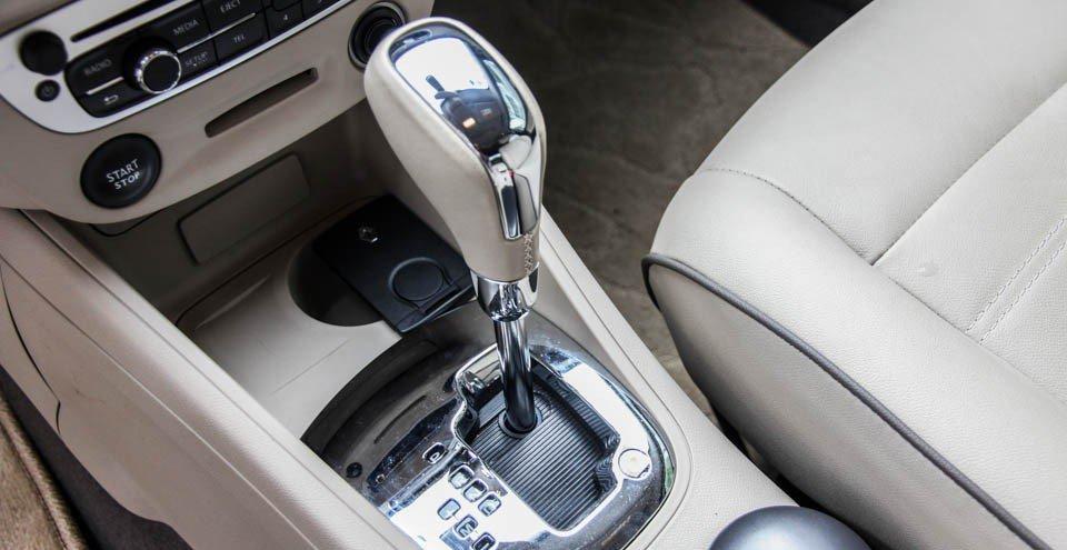 Đánh giá xe Renault Megane 2015 có hộp số tự động vô cấp CVT.