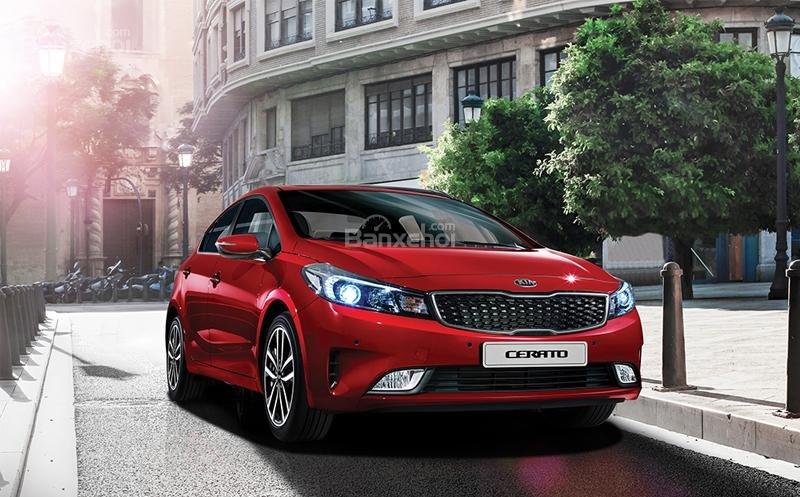 Đánh giá xe Kia Cerato 2016 thay đổi tinh tế cả nội và ngoại thất.