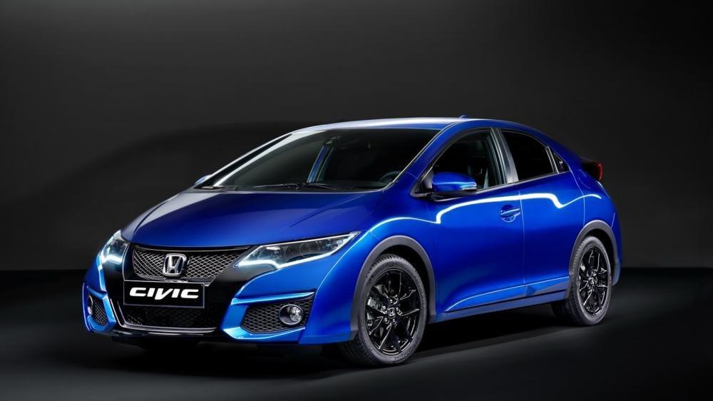 So sánh xe Honda Civic và Kia K3 2
