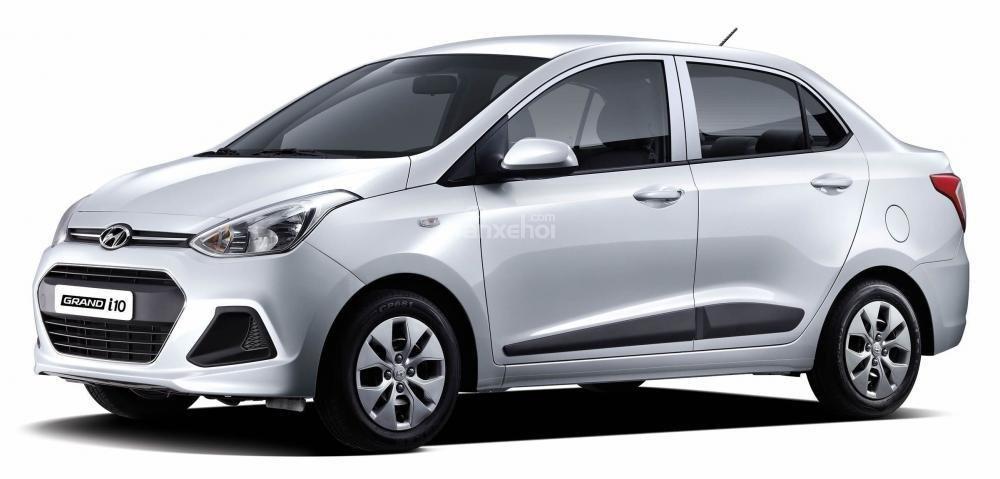 Đánh giá xe Hyundai Grand i10 sedan 2015 có đường gân nổi tạo điểm nhấn cho thân.