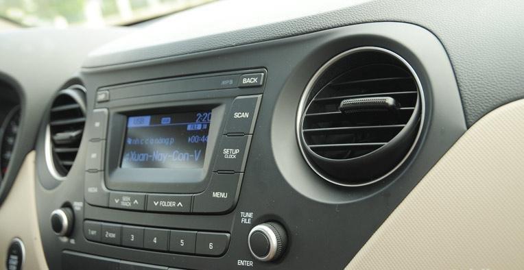 So sánh xe Hyundai Grand i10 và Mitsubishi Mirage 23