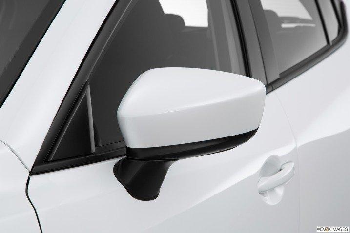 So sánh Hyundai Elantra 2016 và Mazda 3 2015 7