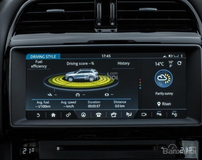Đánh giá xe Jaguar F-PACE 2017: Nhiều công nghệ an toàn được trang bị cho xe