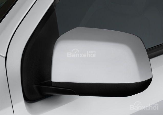 Đánh giá xe Chevrolet Colorado 2016: Gương chiếu hậu tích hợp LED.
