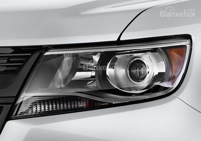 Đánh giá xe Chevrolet Colorado 2016: Đèn pha LED siêu sáng.