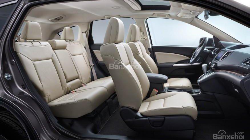 So sánh xe Nissan X-Trail và Mitsubishi Outlander Sport về thiết kế.