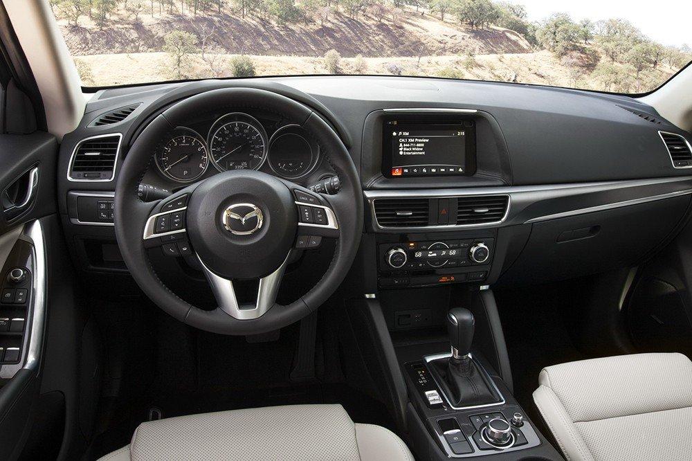 Nội thất xe Mazda CX-5 2016 1