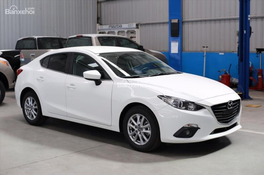 Mazda 3 1 5 Sd đời 2017 Màu Trắng