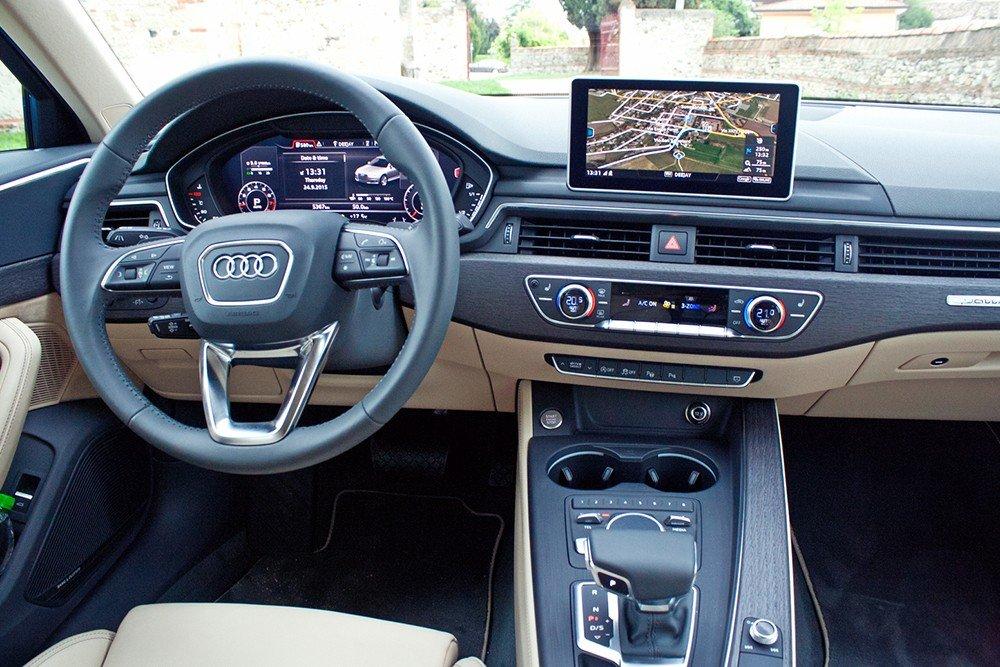 So sánh xe Audi A4 2016 và Mercedes-Benz C200 2015: Audi A4 2016 được trang bị những công nghệ, tiện nghi hiện đại.