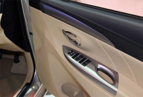 So sánh xe Toyota Vios Chevrolet Cruze 24