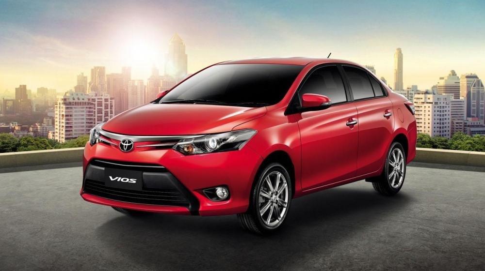 So sánh xe Toyota Vios Chevrolet Cruze 1